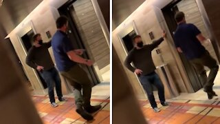 Dudes caught dancing while waiting for elevator in Vegas