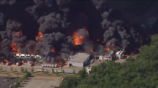 Illinois chemical plant explosion, fire prompt evacuations