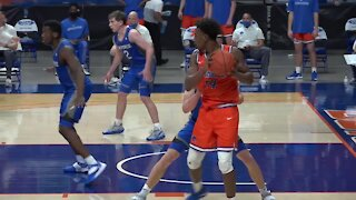 Boise State wins their tenth straight, tying a school record