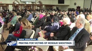 Hundreds show support for WNY's muslim community after New Zealand shooting