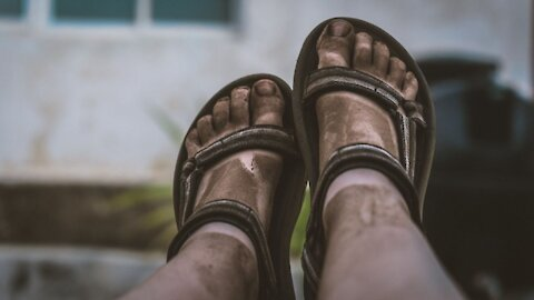 What If You Didn't Wash Your Feet for a Year?