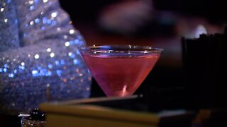 Restaurant and bar owners adapt to survive NYE during a pandemic