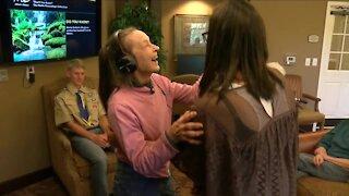 Everyday Hero provides healing power of music at senior living center