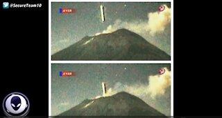 Alien Craft Flies THROUGH Erupting Volcano!