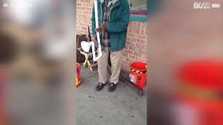 Talented street artist creates his own musical instruments