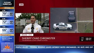 Man shot, killed by deputies at Tampa apartment complex after stabbing mother: Sheriff