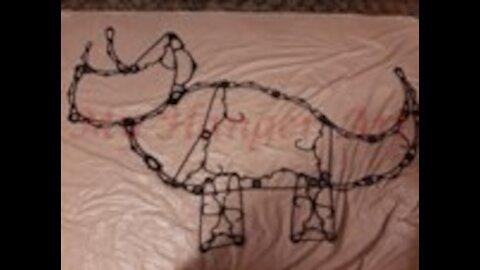 Hanger Triceratops