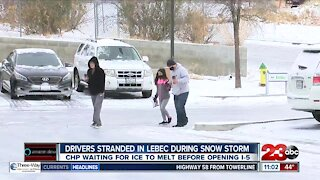 Drivers stranded in Lebec during snow storm