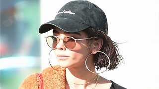 Sarah Hyland Opens Up About Health Scare