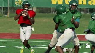 Johns Hopkins doctor shows what to look for with injuries on the football field
