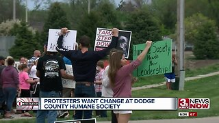 Fremonters protest Dodge County Humane Society