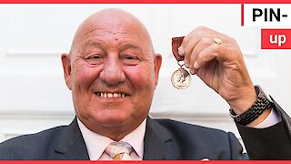Former boxer Ronnie Russell is pictured for the last time with the George medal