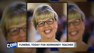 Normandy High School students say goodbye to beloved teacher