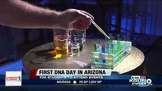 Hundreds of HS students learn about DNA at UA-sponsored event