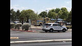 Police search for suspect after stabbing in west Las Vegas park