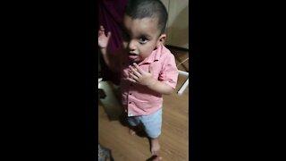 Cute baby Dancing!