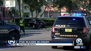 5 injured in Boynton Beach vehicle crash