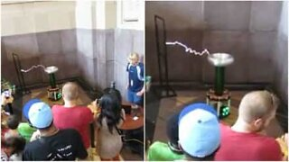 Tesla coil makes electrical music