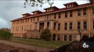 Local haunted attraction hosting ghost hunt