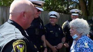 Cincinnati police thank civilian who regularly honors police