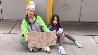 Social experiment: Would you help a homeless mother and her child?