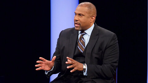 Tavis Smiley Accused of Sexual Misconduct in Unsealed External PBS Report