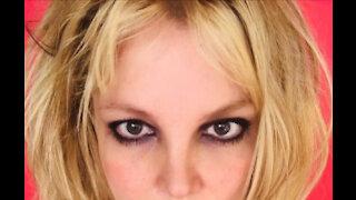 Britney Spears has cut her own hair
