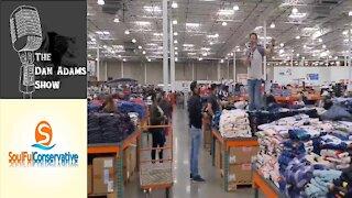 Costco Shopper With Bullhorn Condemns COVID-19 Lockdown