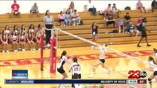 Bakersfield College gets home volleyball win