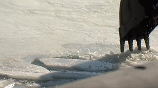Crews are trying to prevent ice jam flooding in Buffalo & West Seneca
