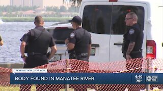 Bradenton police investigating after body found floating in Manatee River