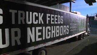 Lambeau Field to store food for Feeding America