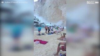 Isola di Zante: frana in spiaggia ferisce i bagnanti
