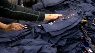 Brewers fans stock up on NL Central championship gear as team prepares for playoffs