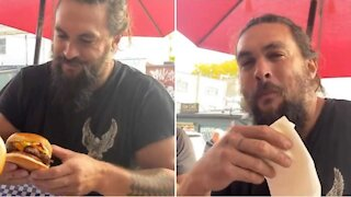 Jason Momoa Was Spotted At A Toronto Burger Joint & He Took A Dragon-Sized Bite