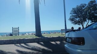 SOUTH AFRICA - Cape Town - Beach Life (Video) (sTs)