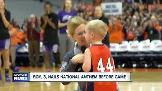 Boy, 3, nails national anthem before Niagara-Syracuse basketball game
