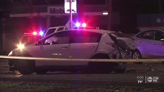 3 killed in Pinellas County crash, suspects run off