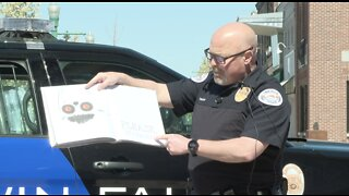 """Twin Falls Police officers share love of reading through virtual """"read alongs"""""""