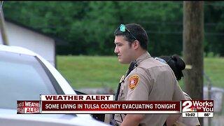 Tulsa County neighborhood evacuates due to flooding
