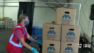 Two local non-profits feed 1,400 families for Thanksgiving