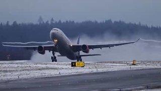 I volo degli aerei a rallentatore