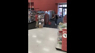 This employee's reaction was priceless!