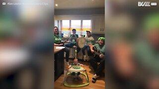 Malgré le confinement, cette famille fête la Saint-Patrick