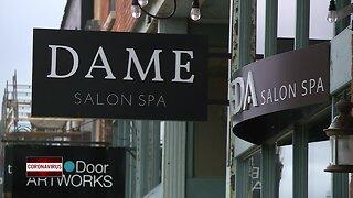 Local salon offers curbside hair service