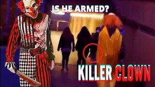 KILLER CLOWN SCARES PEOPLE ON THE STREET!!!