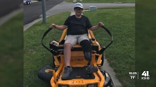 Leavenworth community cultivates support for boy whose lawnmower was stolen