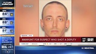 Florida sheriff's deputy shot during traffic stop; manhunt underway