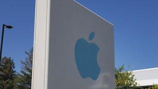 Study Shows Buffett's Apple Bet Could Go Sideways