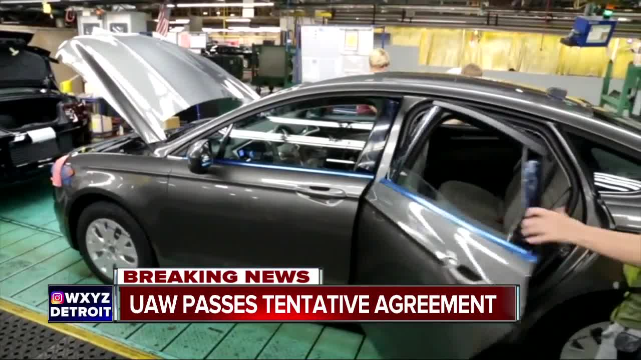 UAW passes tentative agreement